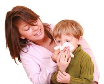 Как научить ребенка правильно сморкаться?